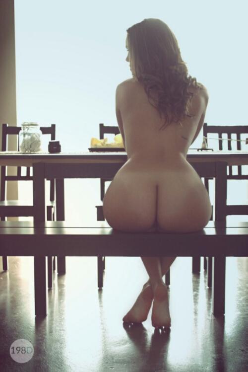 голые попы и груди фото