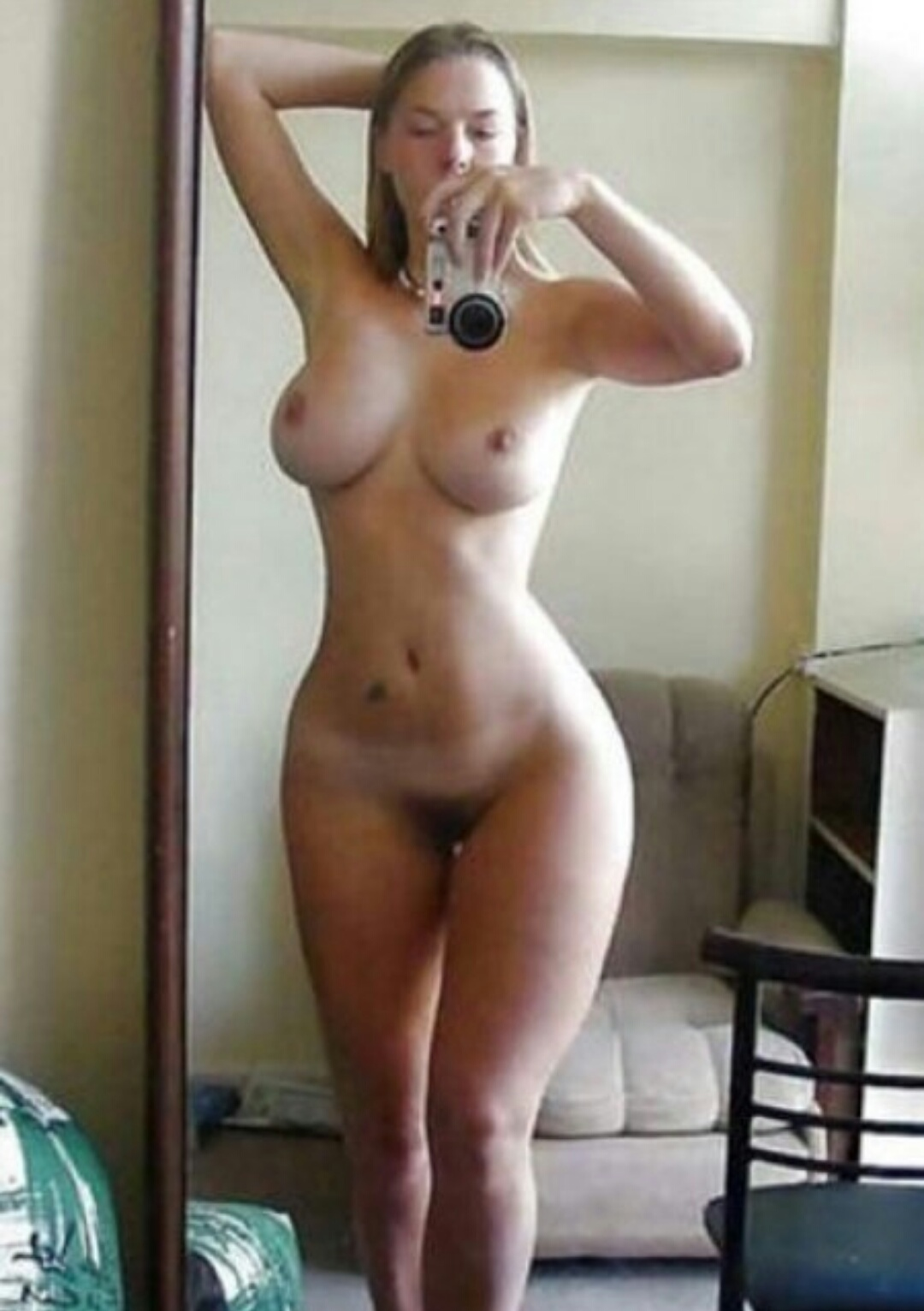 Beautiful nude females